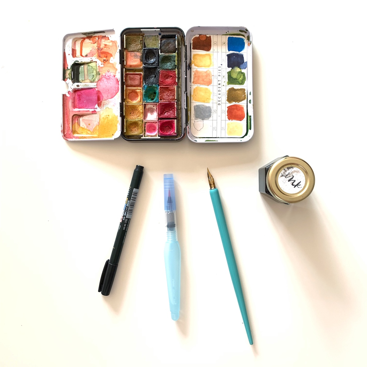 TIP 5 Have a simple set of supplies that are portable and uncomplicated. Keep it simple!