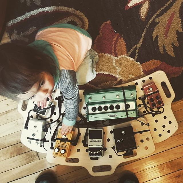 L'il Guitar Tech  #pedalboard #pedals #guitar #guitartech #holeyboard #toddler #toddlertech #girlpower #parenting101 #momlife #dadlife