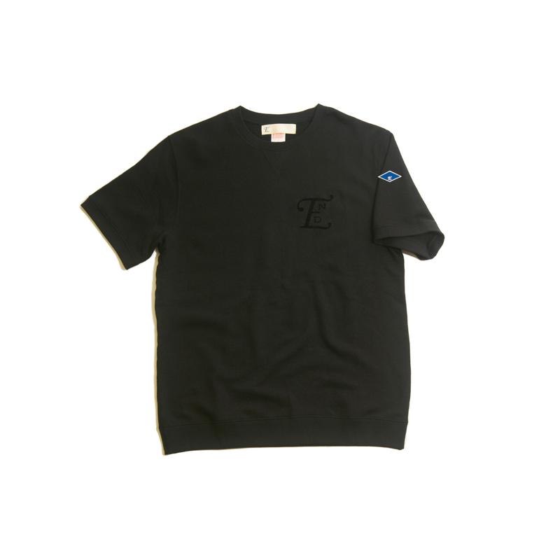 emblem SS sweater-blk001.jpg