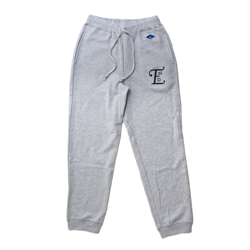 emblem sweater pants-gray001.jpg