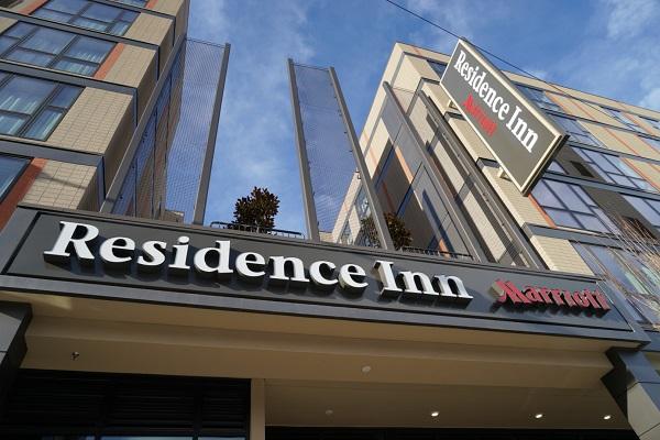 2016年1月酒店开业 (1).jpg