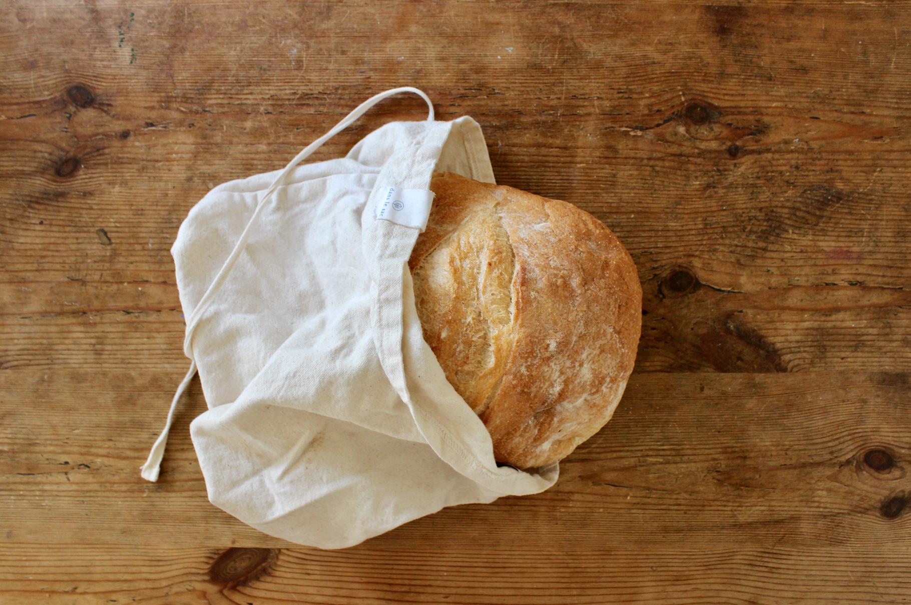 Plastic free bread storage | Zero waste kitchen