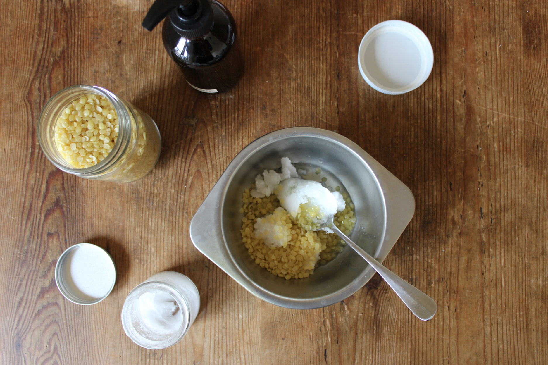 How to make DIY, homemade spoon butter and wood conditioner from zero waste ingredients | Litterless