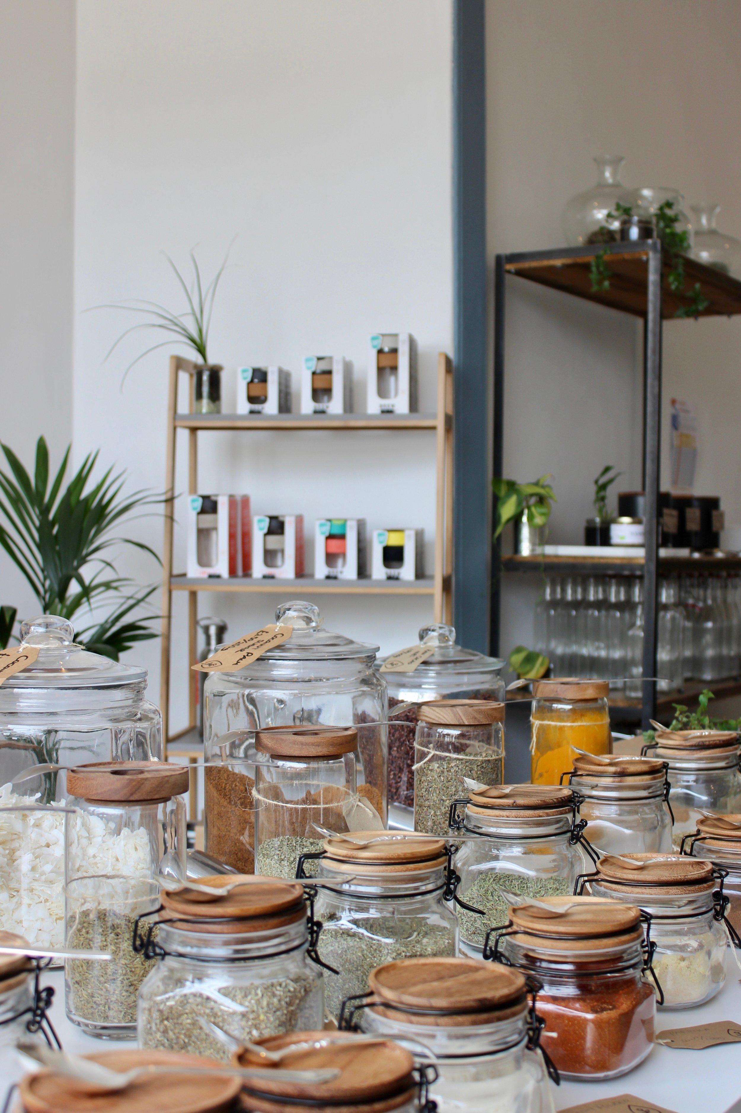 Zero waste, bulk foods grocery shopping in London, United Kingdom   Litterless
