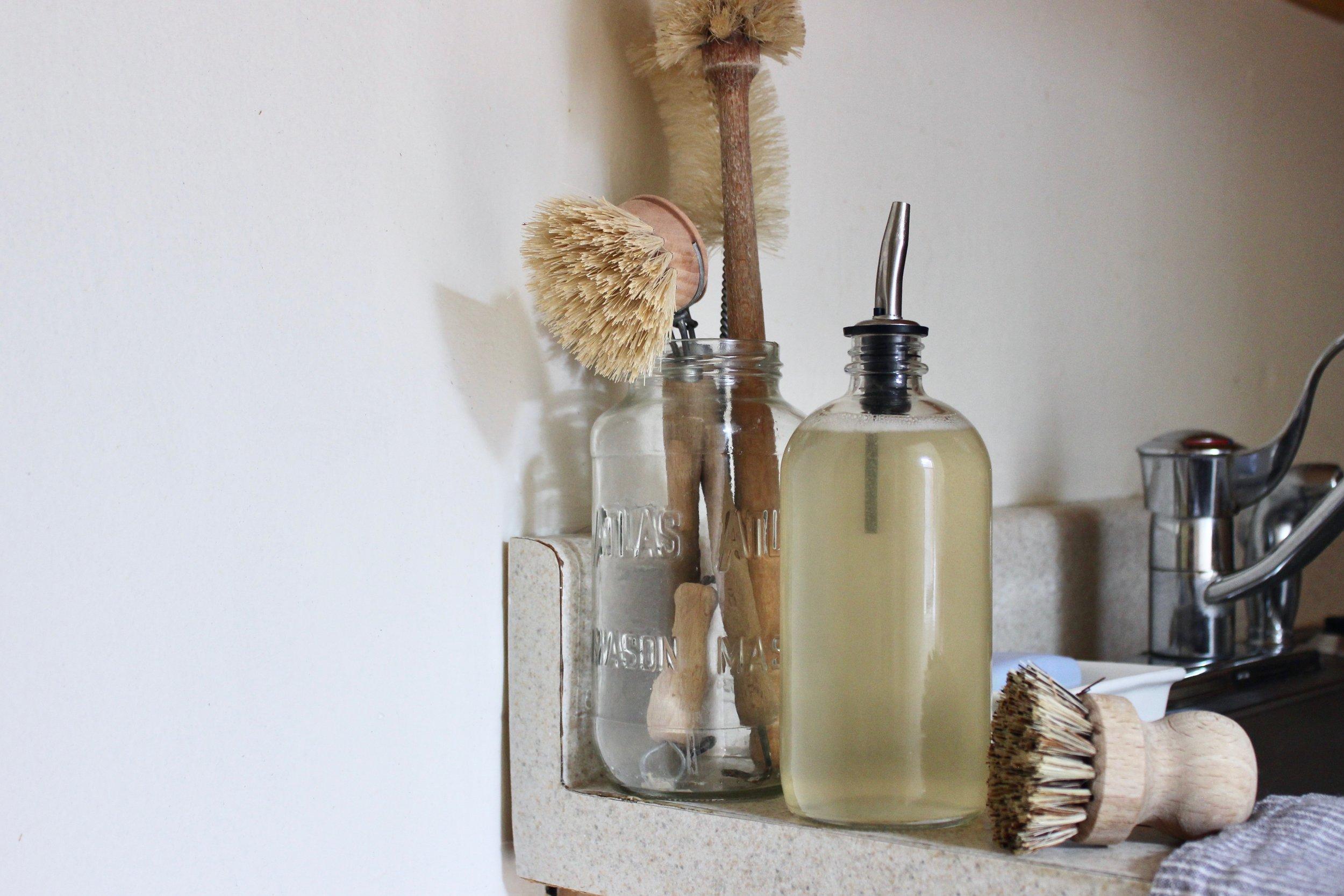 Zero waste dish soap with Fillaree | Litterless