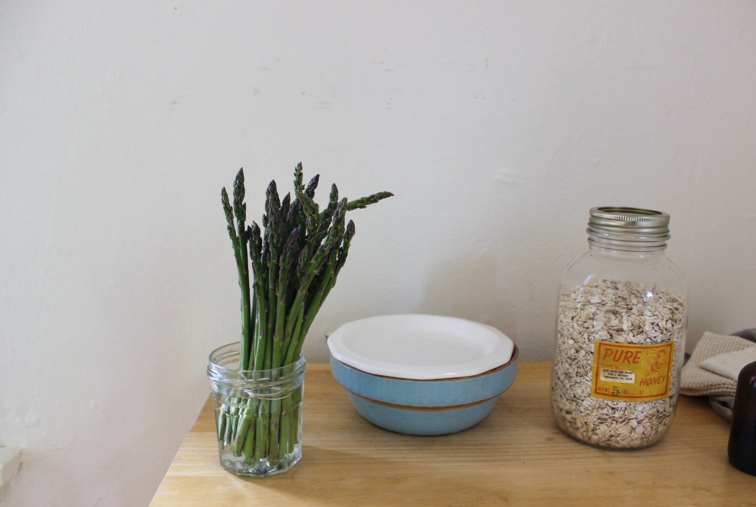 Plastic-free food storage for a zero waste kitchen, without buying anything new | Litterless