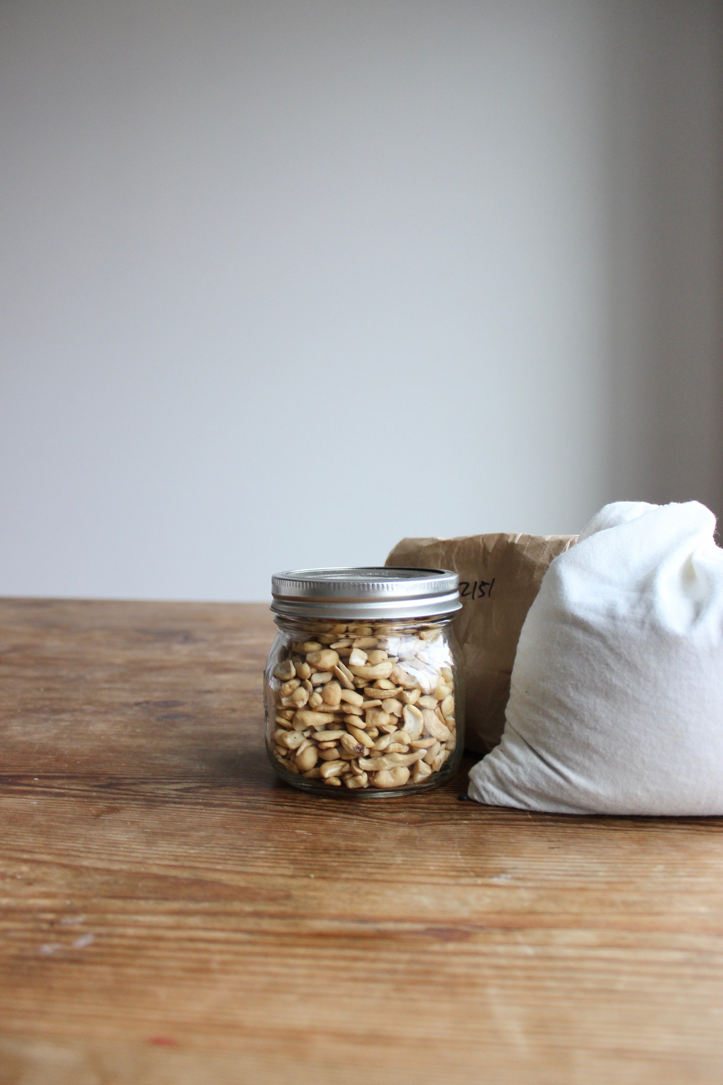How to shop in bulk without buying anything new | Zero waste kitchen and pantry | Litterless