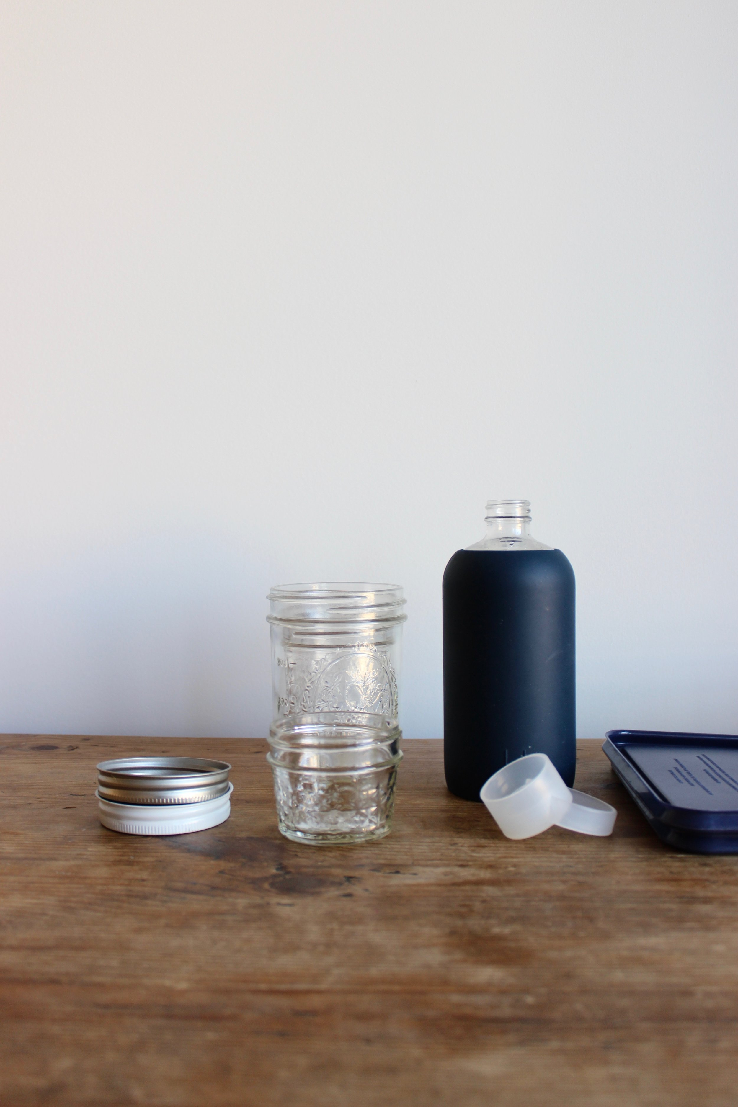 Buying brand-new lids to give new life to secondhand containers, for a zero-waste home and kitchen | Litterless