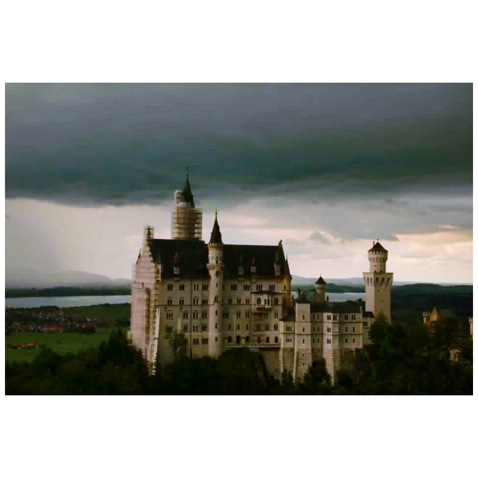 @btzar  snapped this stunning pic on a cloudy day at Neuschwanstein Castle in Germany
