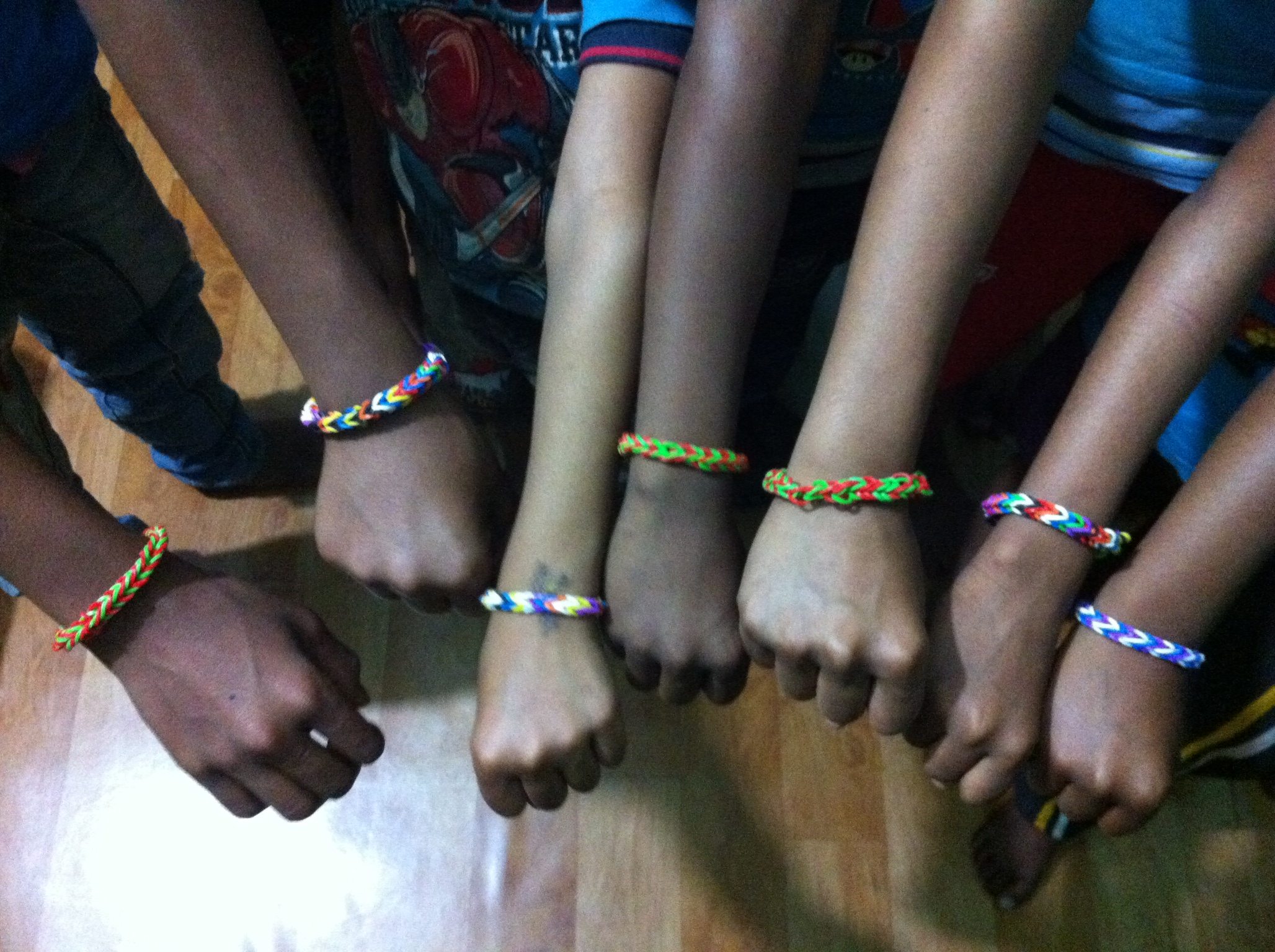 A successful project making 'loom bands'