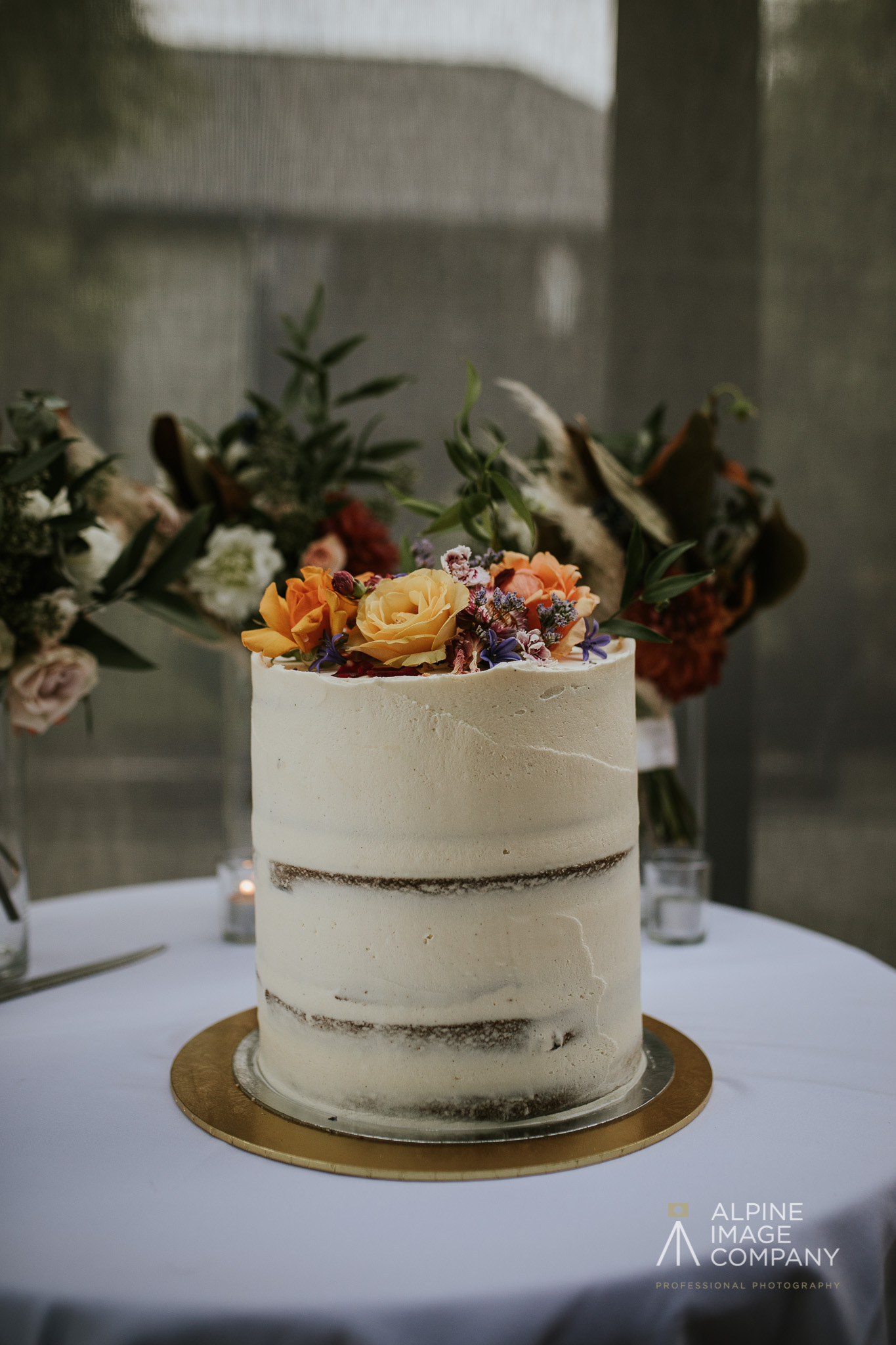 Semi naked Wanaka wedding cake