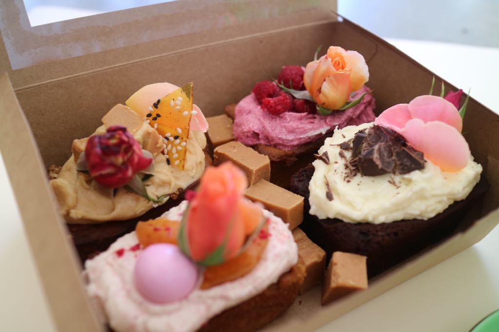 Wanaka Cake Friday box