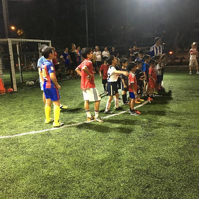 Our 2nd Parent & Child Football Clinic is in progress. Can you feel the excitement of the kids?? #SGFootballWeek #football