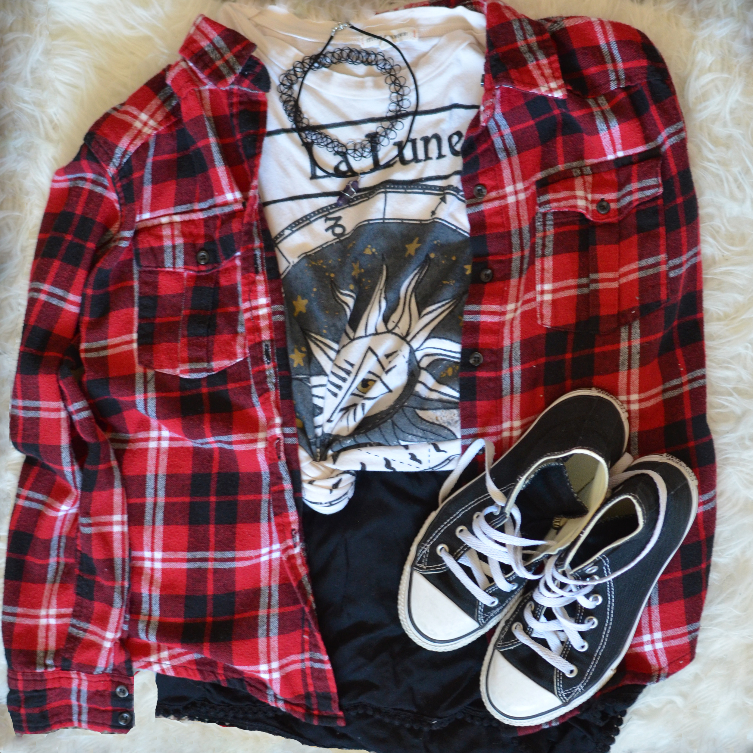 Flannel/Ebay, Top/Buffalo exchange, Bottoms/Abercrombie & fitch, Shoes/Converse, Chokers/DIY