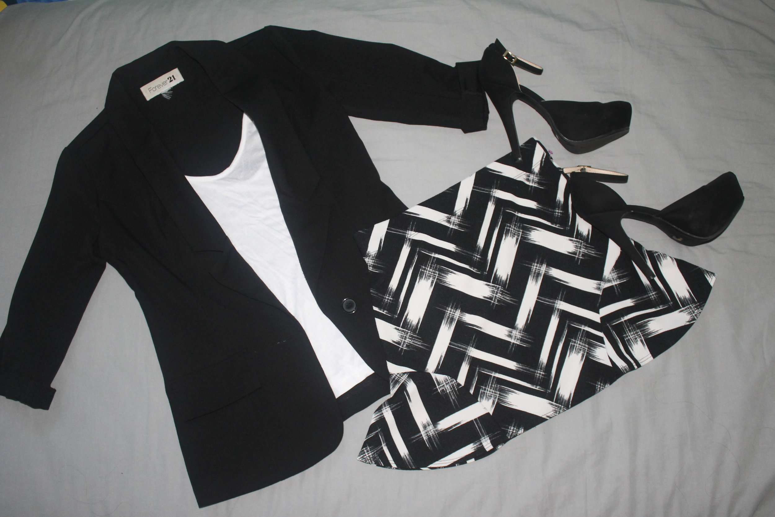 Example of a possible woman's outfit.