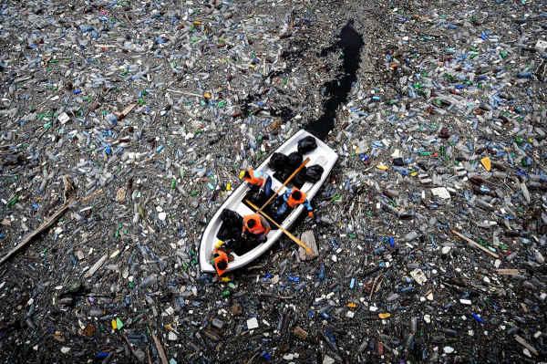 garbage-in-ocean.jpg