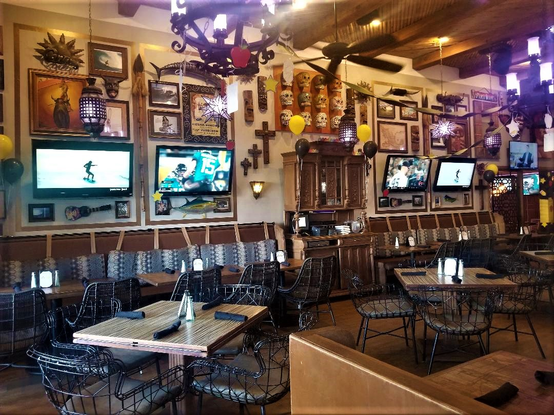 The TVs are everywhere in this bar, which is perfect if you never want to miss any action.