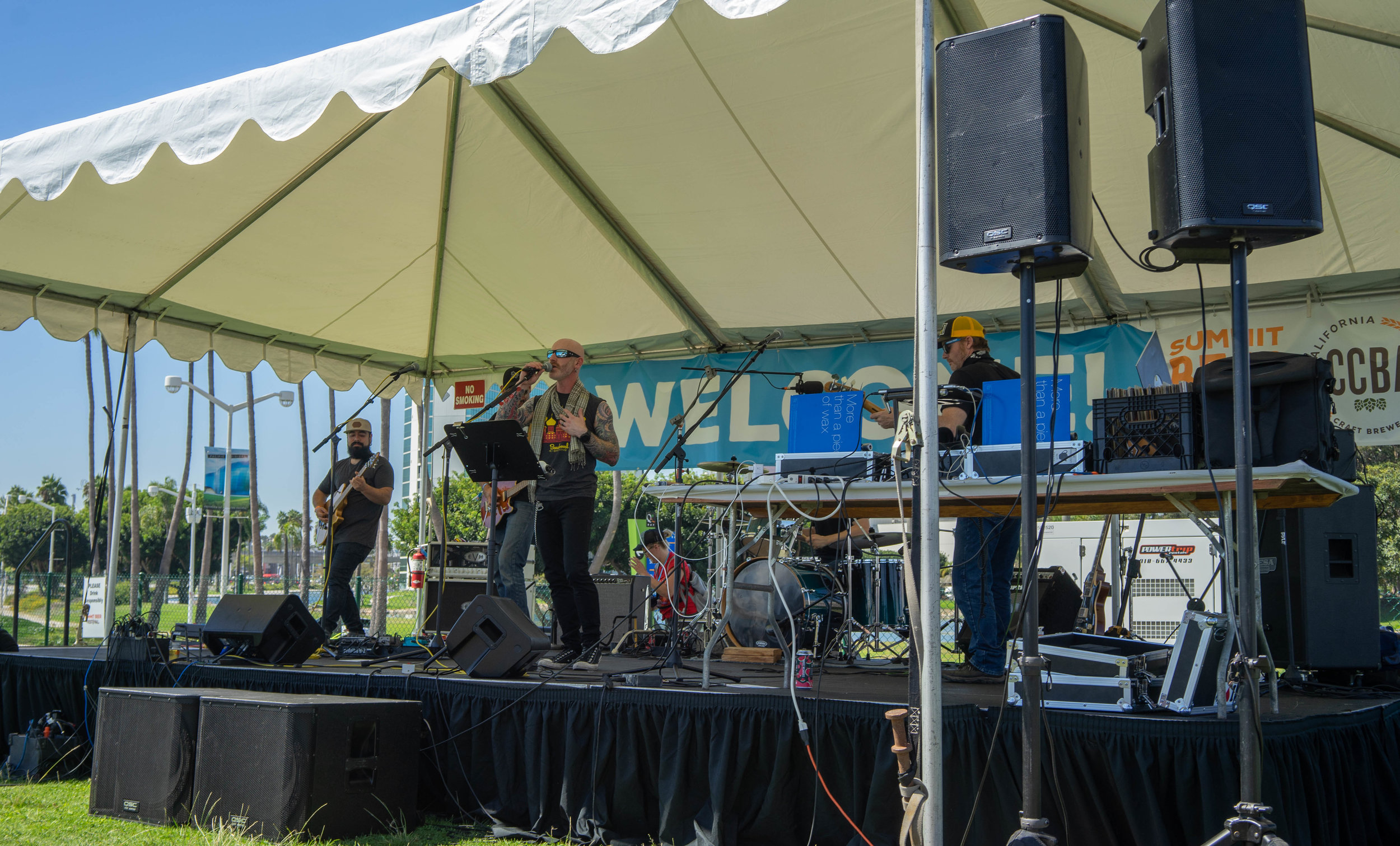 The festival was about more than just beer, with live music, food, and fun games scattered throughout the grounds.