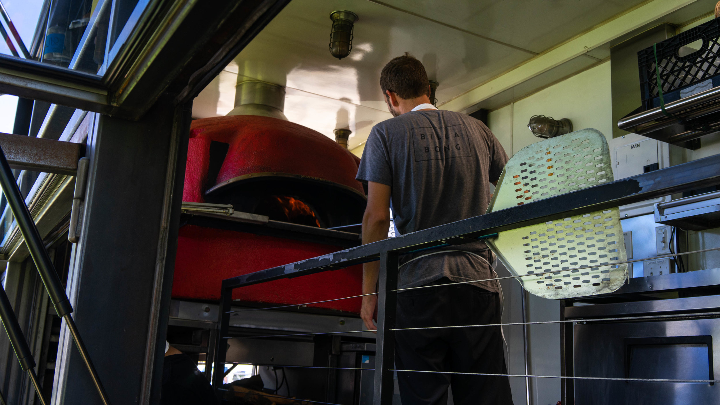 It's not everyday you can get a proper wood-fired pizza from a food truck.