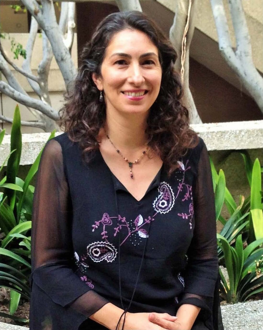 Dr. Rosa Moreno-Alcaraz is a licensed psychologist at CAPS on campus.