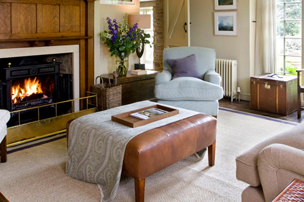 The end of terrace cottage in the Cotswolds had been modified and extended many times..     View Gallery