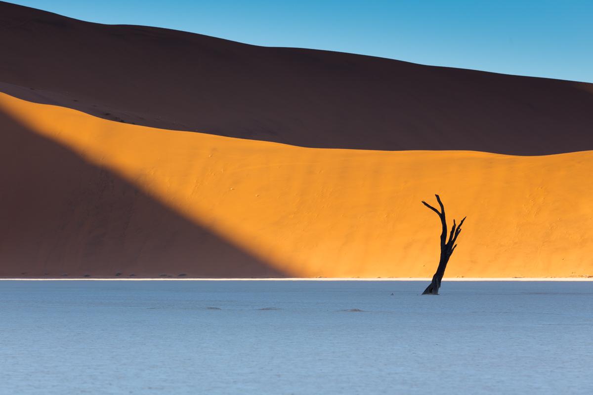 Deadvlei sunrise, Namibie