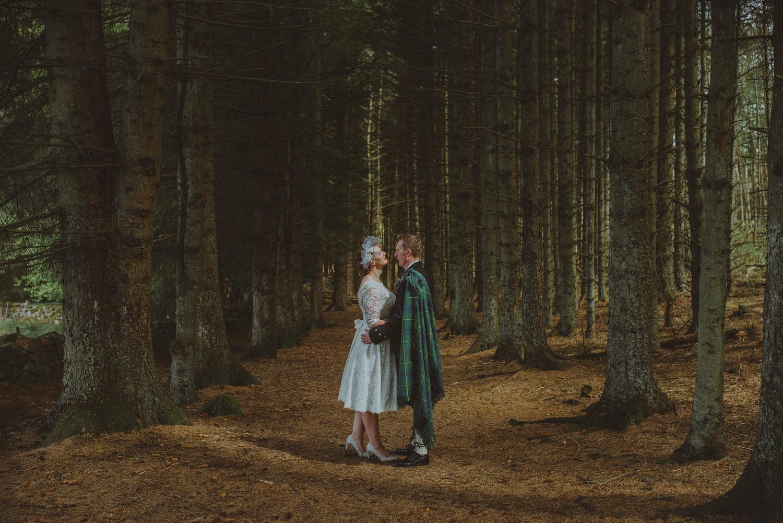 Lynn & Richard's Scottish farm wedding in Linlithgow, Scotland