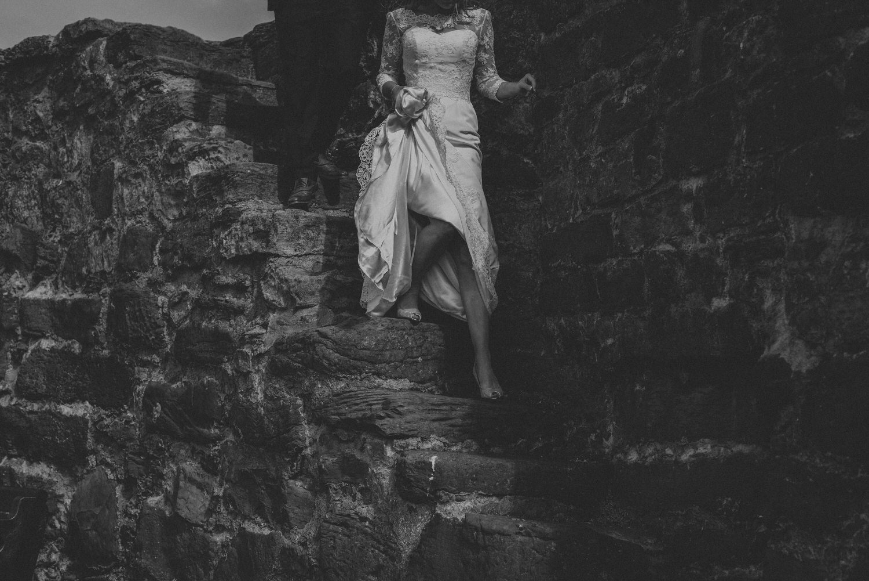 Sam & Nathan's seaside garden wedding in the village of Crail in Fife, Scotland in summer 2015