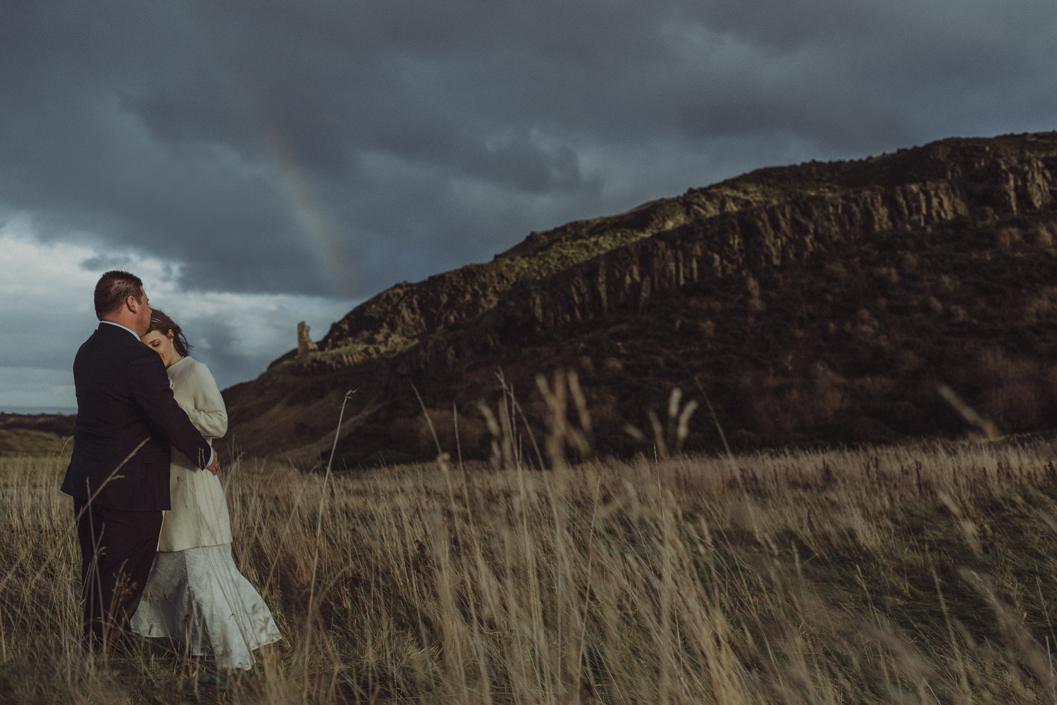 Andrew & Joanne's elopement at the Robin Chapel and Holyrood Park - Edinburgh, 17th December 2015