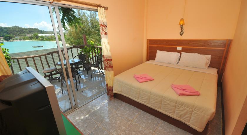 Beachfront Hotel - Koh Phi Phi, Thailand