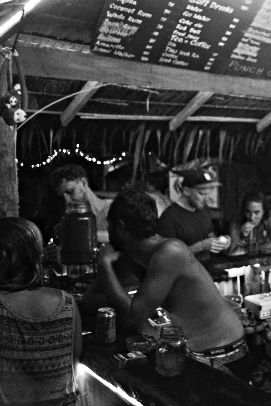 Beach Bar - Phi Phi Thailnd - Beachfront Divers.jpg