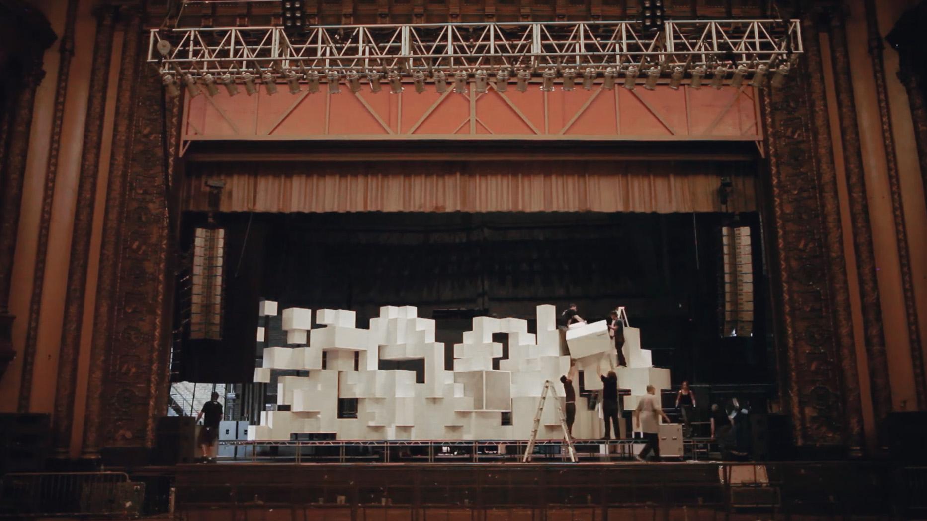 stage_02.jpg