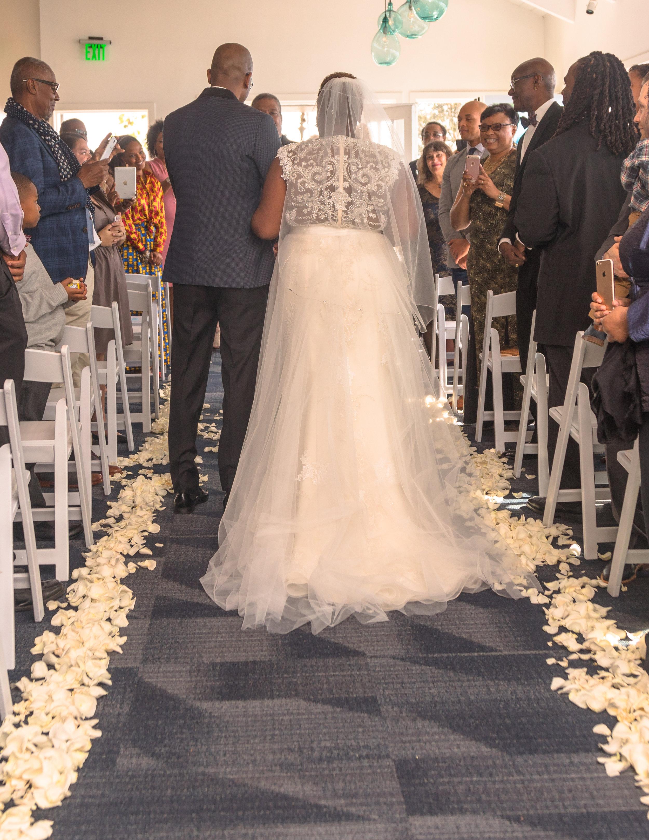 Provenance Vintage Rentals Los Angeles Janis Shawn Vintage Glam Long Beach Wedding 41.jpg