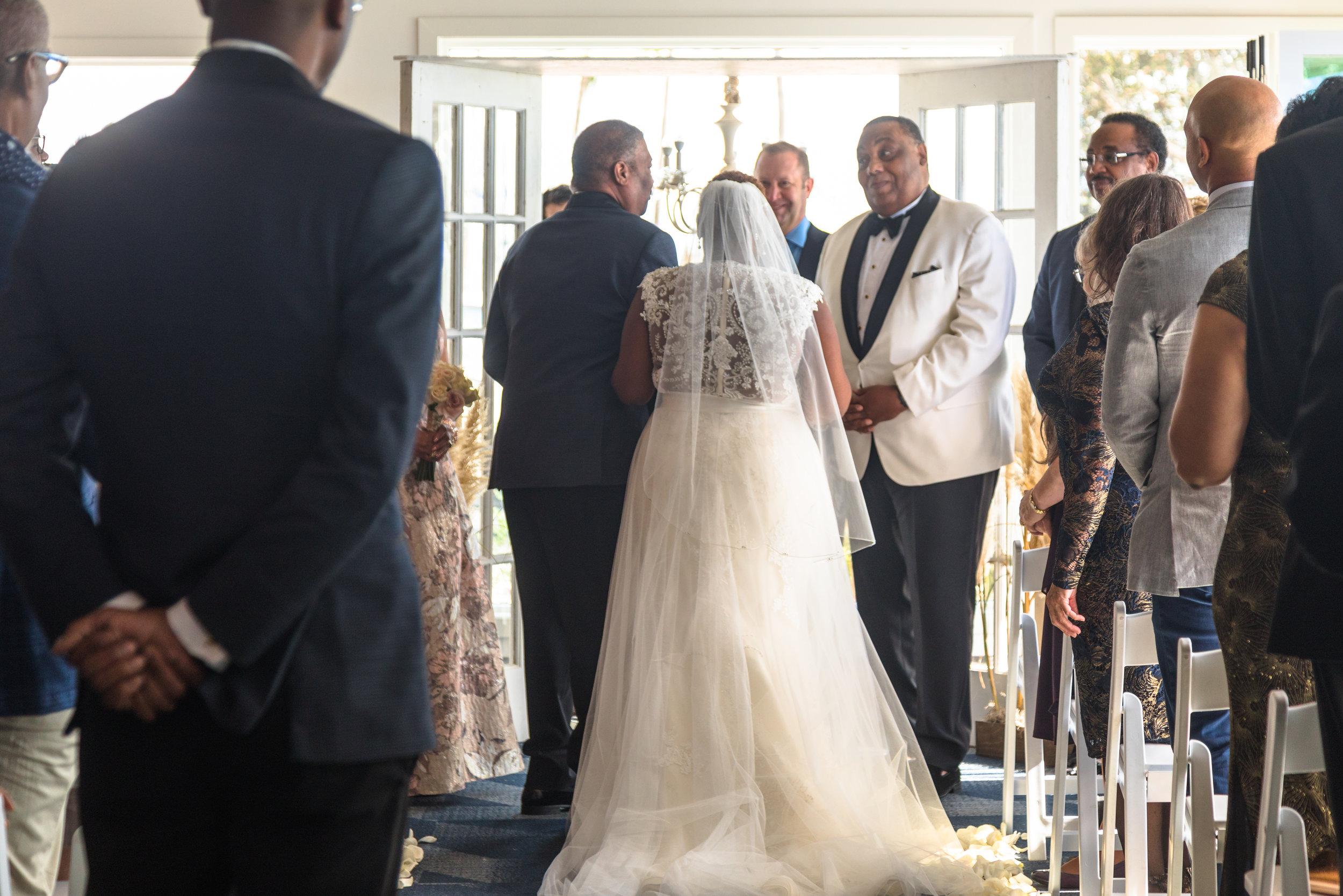 Provenance Vintage Rentals Los Angeles Janis Shawn Vintage Glam Long Beach Wedding 44.jpg