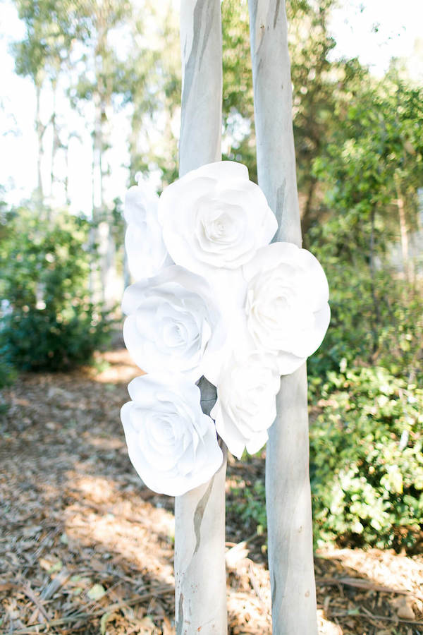 Browyn Large White Paper Flower