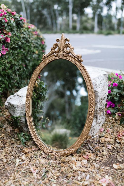 Sydney Ornate Gold Oval Mirror Los Angeles Event Rentals Provenance Rentals