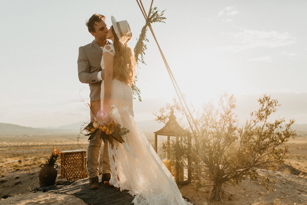 Featured on June Bug Weddings    Joshua Tree   Photo by Kadi Tobin
