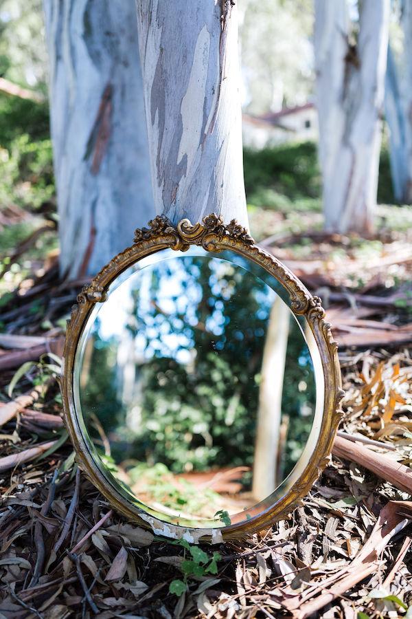 Charleston Round Gold Mirror