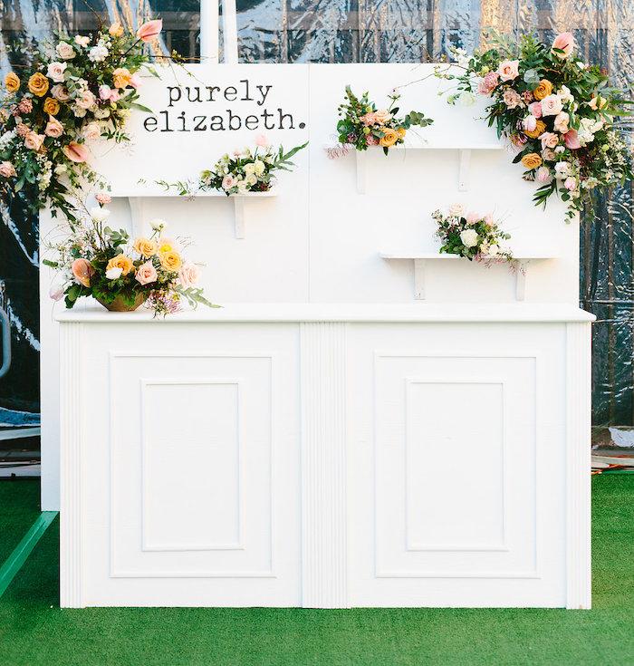 Elizabeth Romantic White Bar