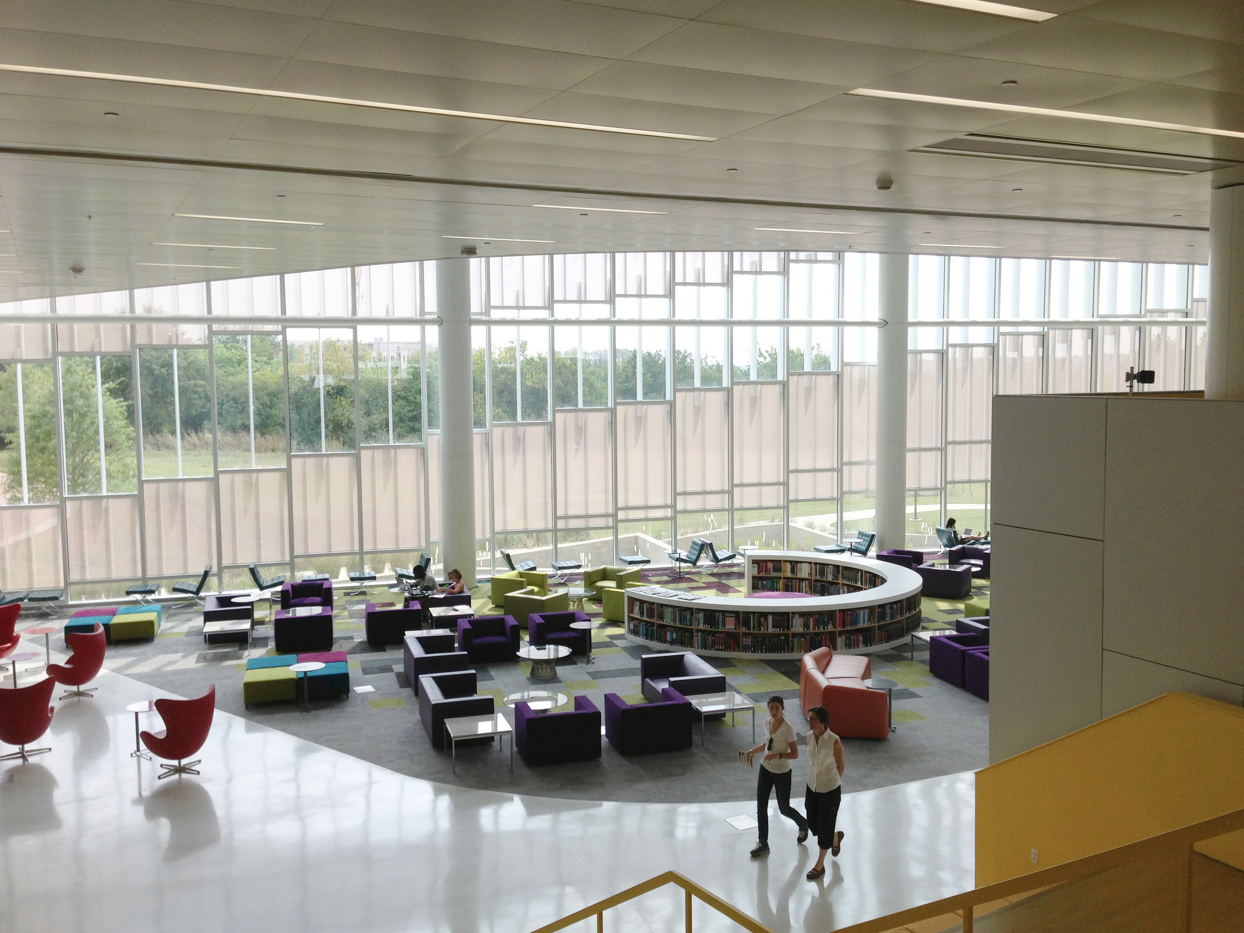 ncsu-hunt-library-interior-1