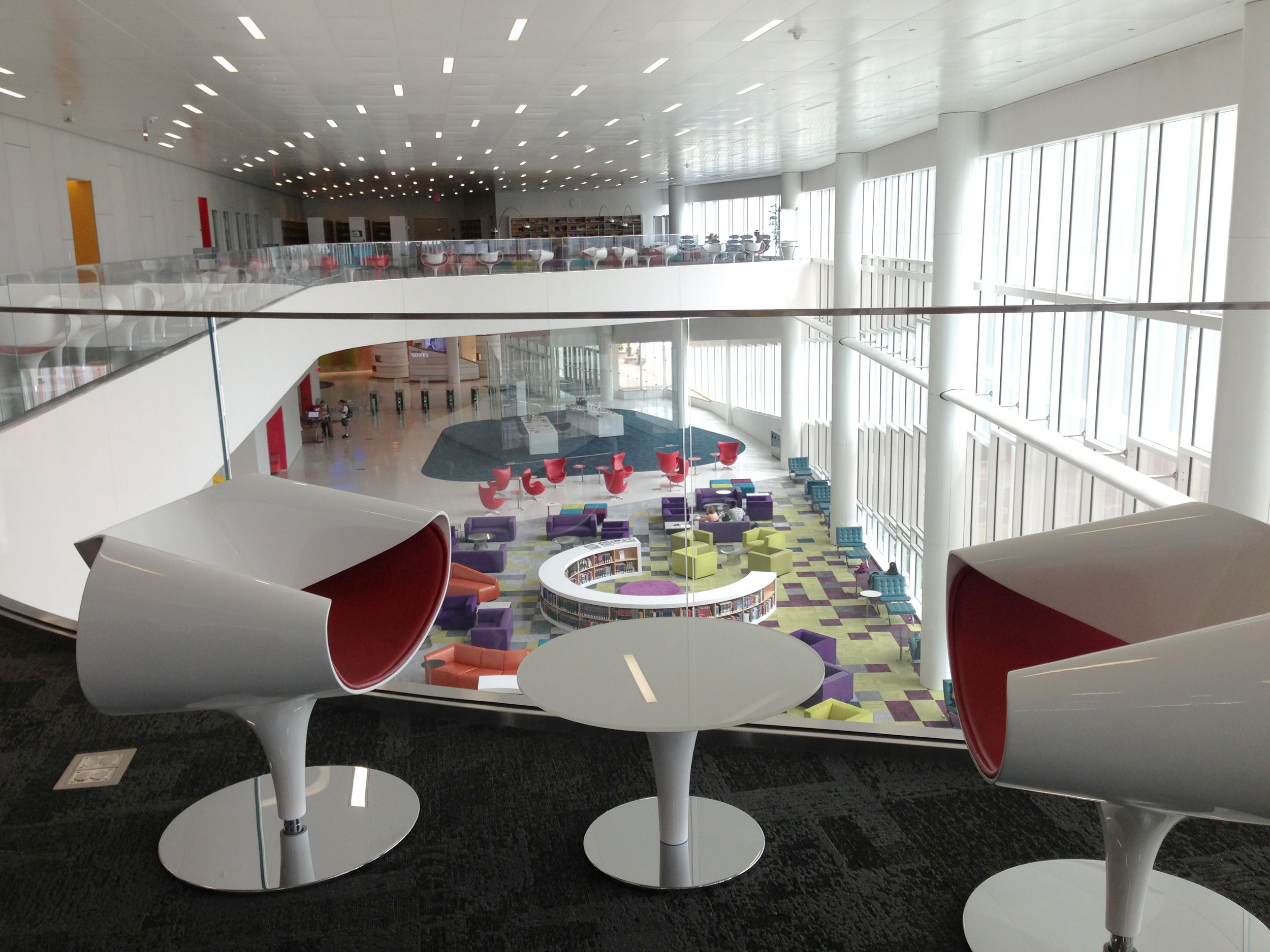ncsu-hunt-library-interior-3