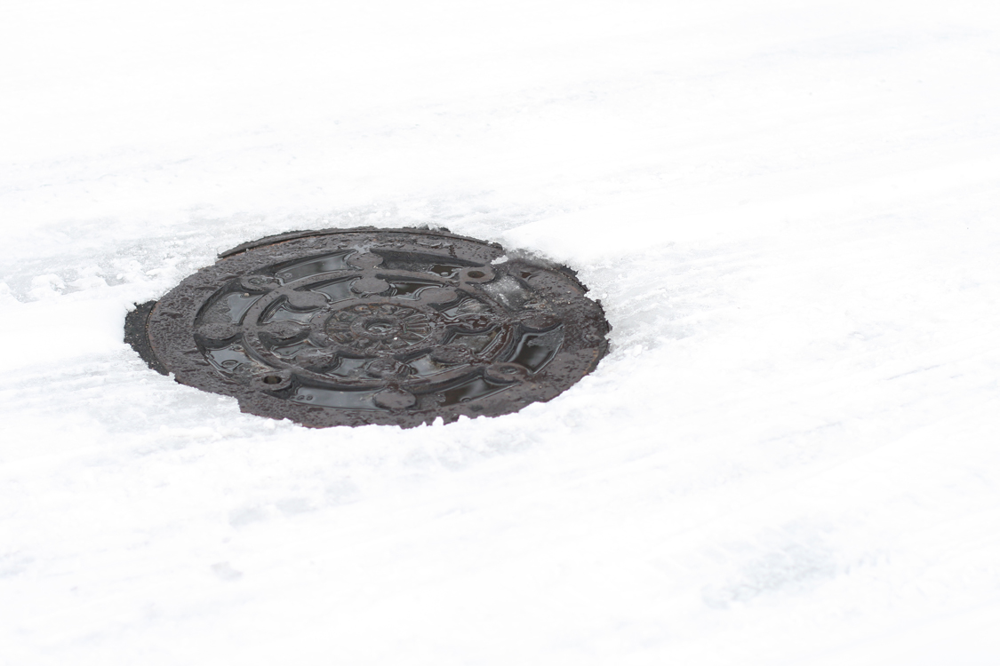 snowy-man-hole