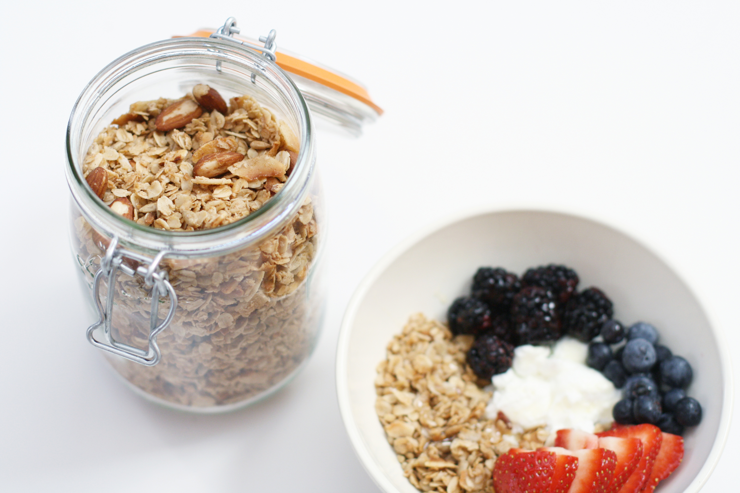 coconut-almond-granola-2