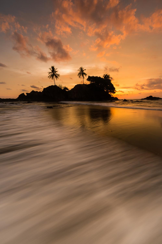 dominicalito-beach-sunset-3727.jpg