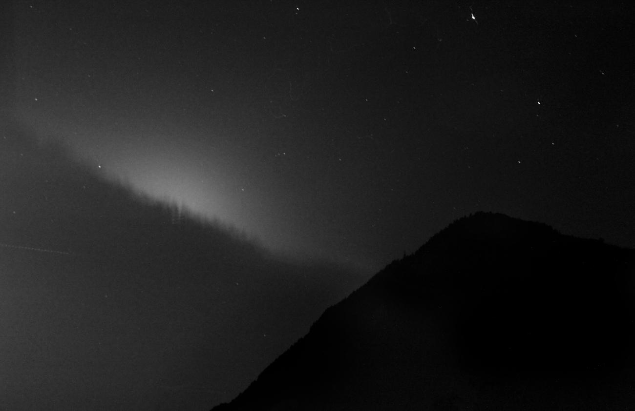 Moonset, 2017, archival pigment print,130x200 cm