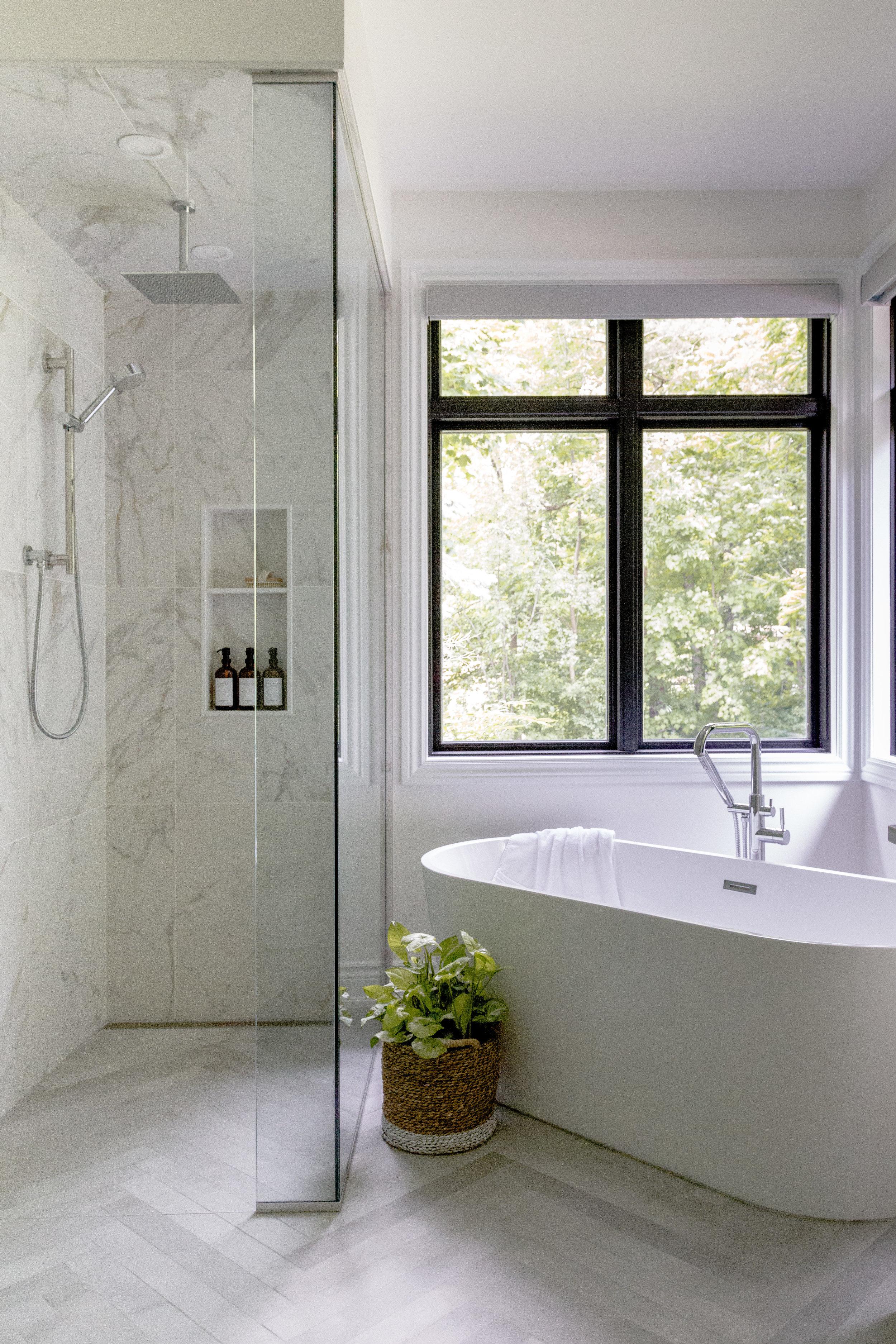 Guelph Bathroom Renovations - Walkerbrae Reno