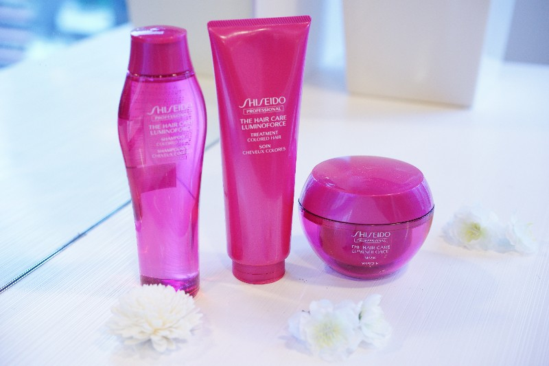 LUMINOFORCE    Shampoo   Quickly lathers into creamy foam which cleanses the hair to leave it soft and supple while preventing color from fading.   Treatment   Deeply repairs color-treated hair to restore suppleness and shine.   Mask  (Special care to be used once or twice a week)  Intensively repairs damaged hair to keep a suppleness and shine that complement the beauty of color-treated hair.