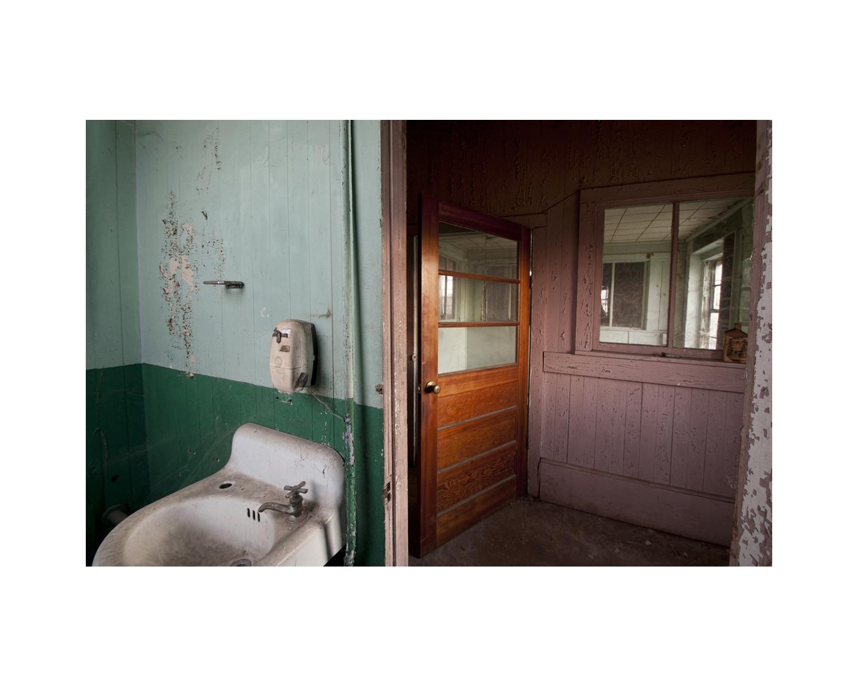 Hawkinsville Bathroom