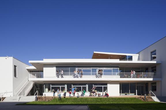 BG Zehnergasse, school extension and rehabilitation