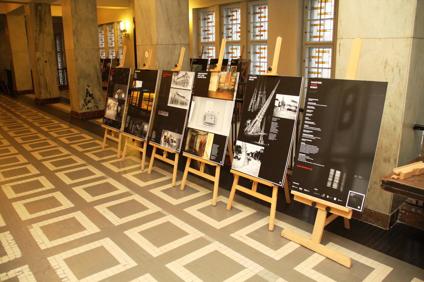 Výstava Galerie ticha na radnici Prahy 7